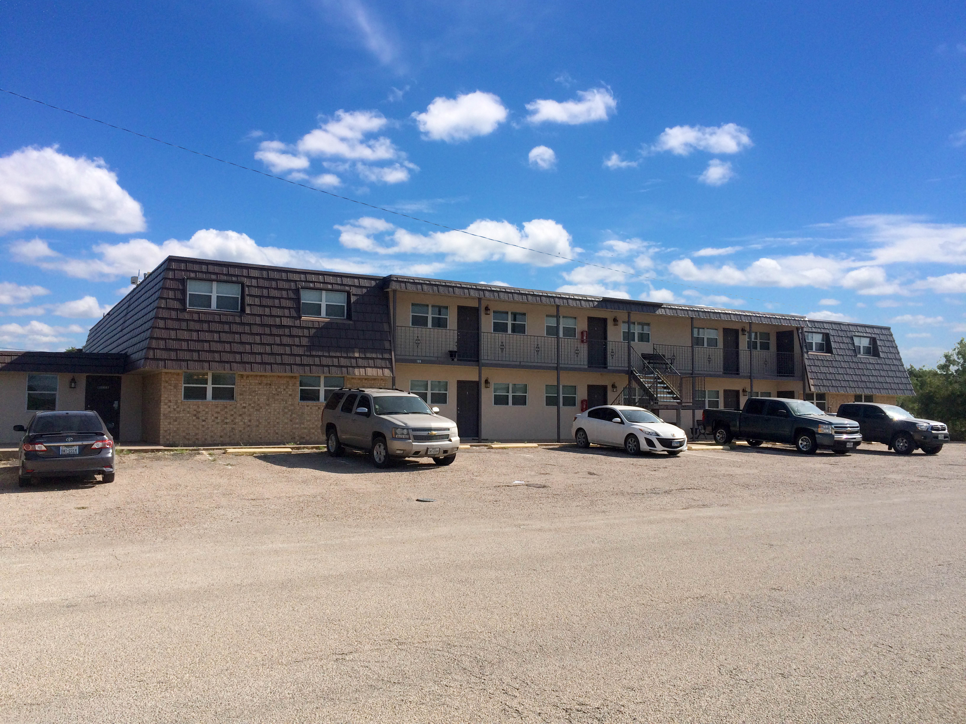 Country Club View Apartments Ozona Texas Bunger Real